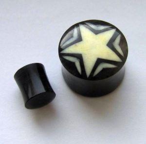 Plug s hvězdou - kombinace rohoviny a kosti